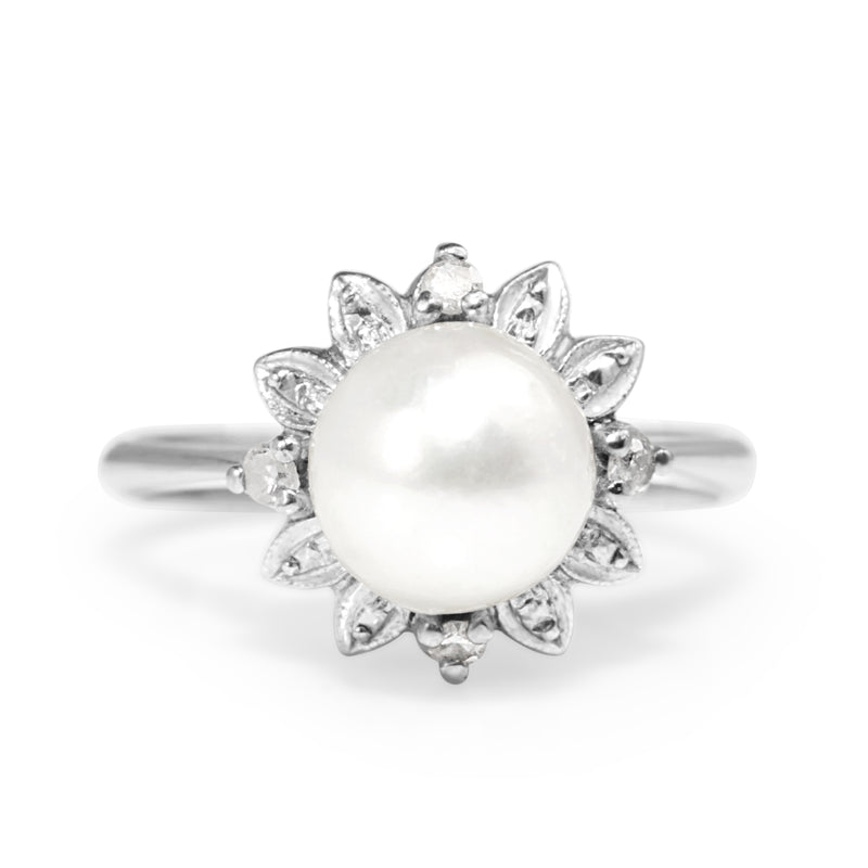 14ct White Gold Vintage Cultured Pearl and Single Cut Diamond Ring
