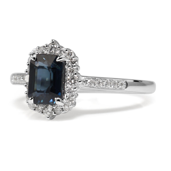 18ct White Gold Sapphire and Diamond Vintage Style Halo Ring