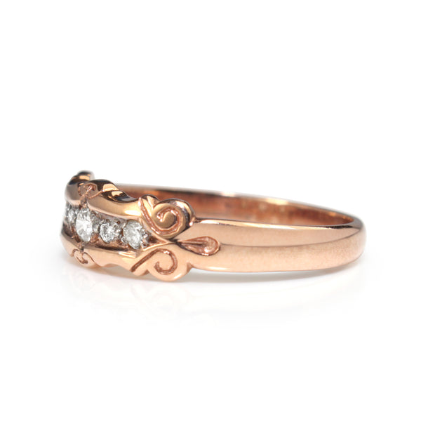 9ct Rose Gold Vintage Style Diamond Band