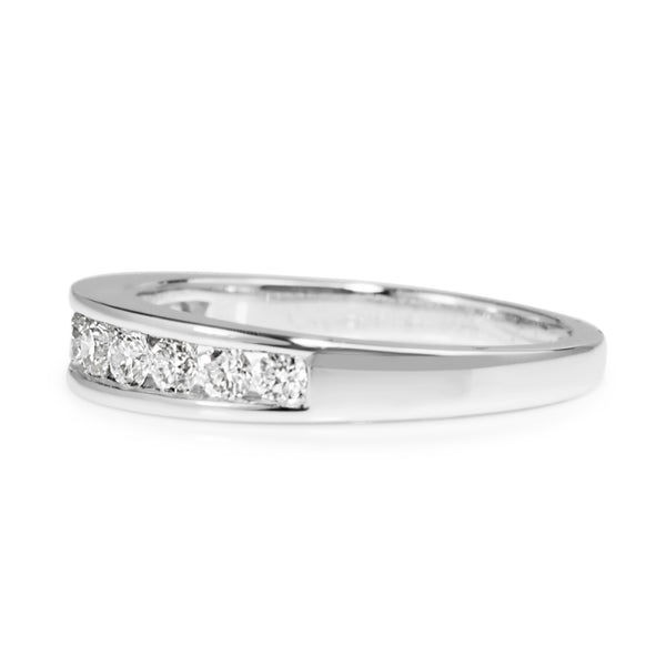 9ct White Gold Channel Set Graduated Diamond Band