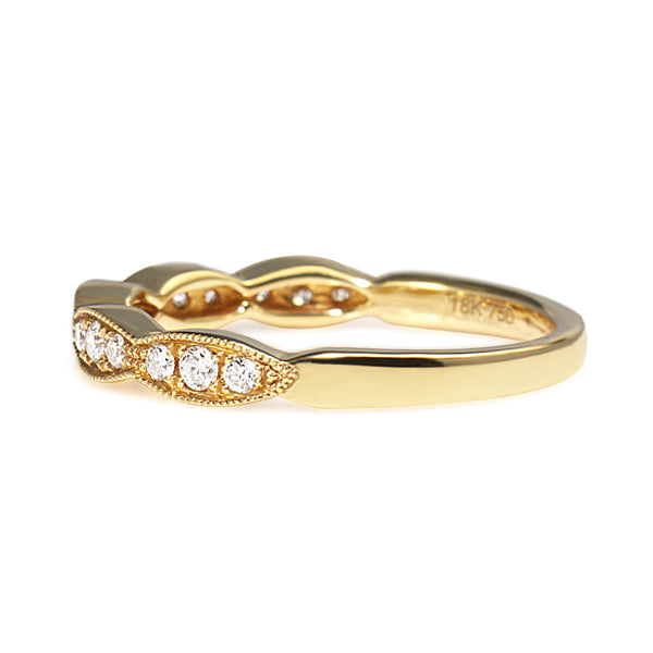 18ct Yellow Gold Scalloped Edge Diamond Band