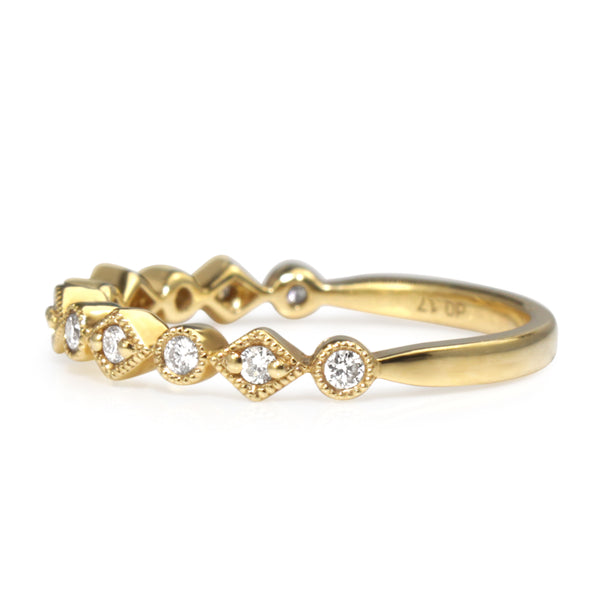 18ct Yellow Gold Vintage Style Diamond Band
