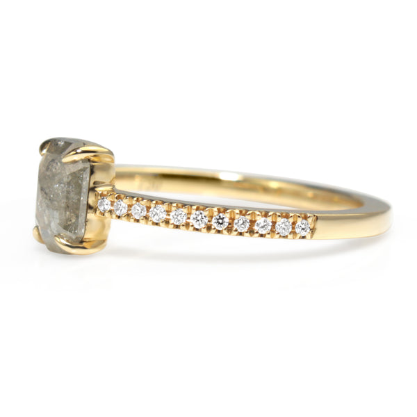 18ct Yellow Gold Salt and Pepper Diamond Ring