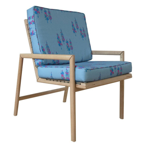 SB05-1 STRING CHAIR