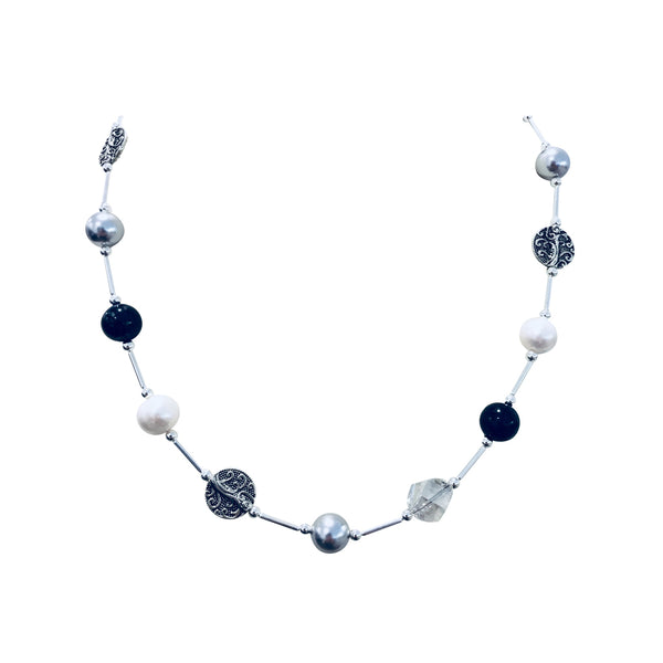 Short necklace with Dumortierite, freshwater pearls, Swarovski Silver pearls and Swarovski crystal