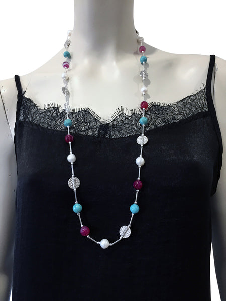 Mid length necklace with Pink Agate, freshwater pearls, Magnesite and Swarovski crystal