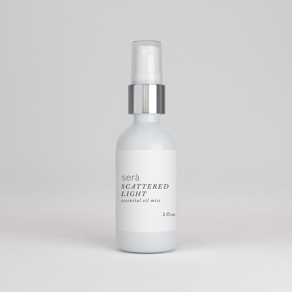 SCATTERED LIGHT ESSENTIAL OIL MIST