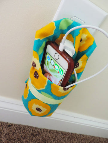 DIY Cellphone Charging Station