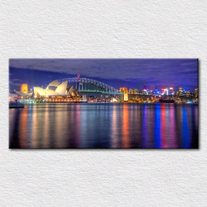 Sydney-Harbour-Bridge-and-Harbour-Bridge-with-Vibrant-Colours-1