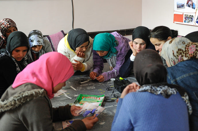 Help us buy SIM cards to enable girls' remote learning in rural Morocco during the shutdown