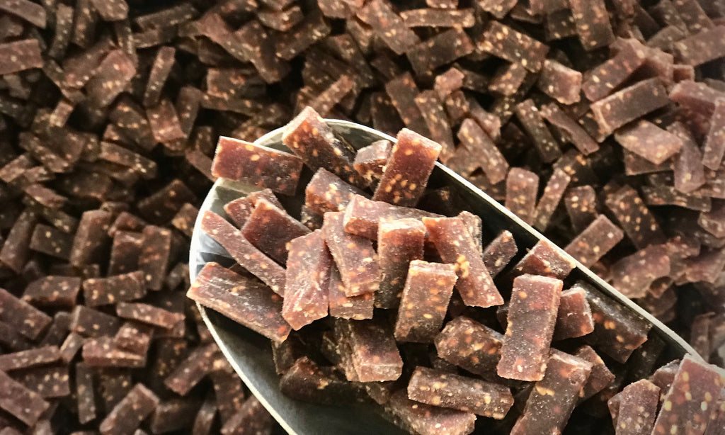 Blackcurrant and Chia Seed Bites - Refill Nation