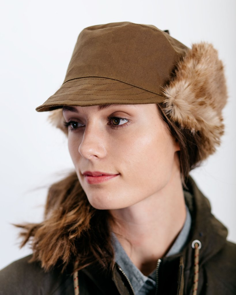 Tsuyumi Waxed Cotton Hat