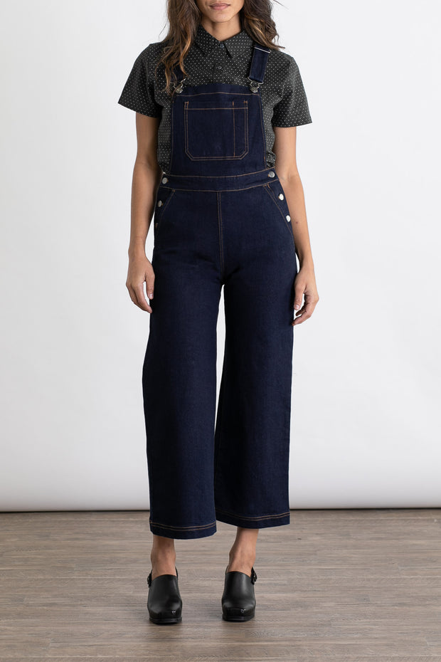 Women's denim overall with contrast stict