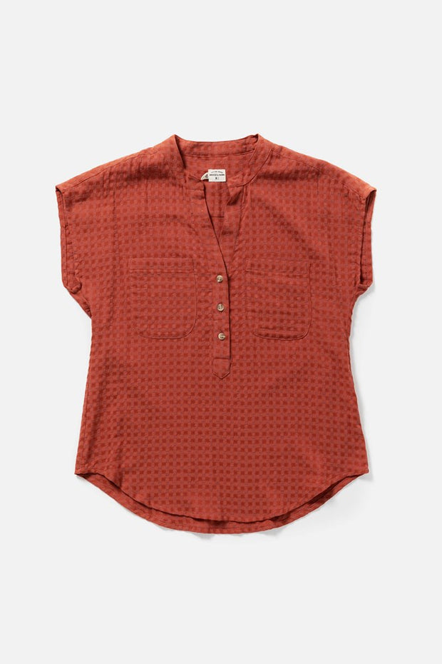 Women's Red Textured Pullover Short Sleeve Top