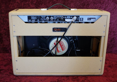 Fender Deluxe Reverb Amp Blonde Tolex Limited Edition 2005