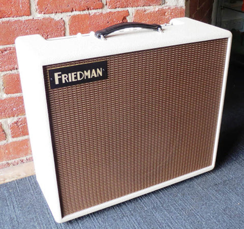 Friedman Buxom Betty 40 watt Combo - Guitar Emporium