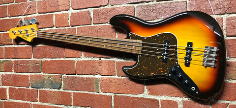 Fender MIJ Lefty Jazz Bass  -  2010  -  Guitar Emporium