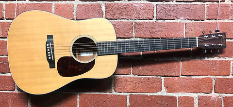 Martin Dreadnought Junior  -  2017