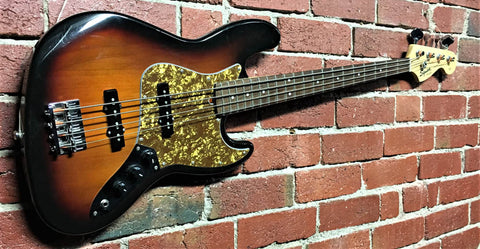 Squier Jazz Bass - 2005 - Guitar Emporium