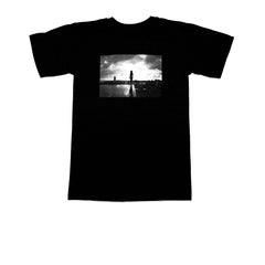 "KICKS/HI <BR> ""REFLECTIONS"" PHOTO PRINT TEE BY RYAN LAU (BLACK)"