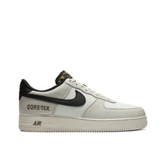NIKE <BR> GORE-TEX AIR FORCE 1 (LIGHT BONE)