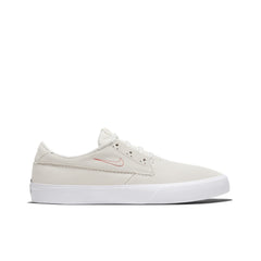 NIKE SB <BR> SHANE (SUMMIT WHITE / UNIVERSITY RED)