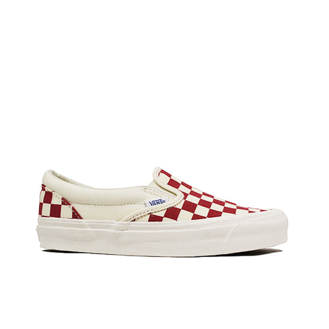 "VANS <BR> OG CLASSIC SLIP-ON LX ""CHECKERBOARD"" (RED)"