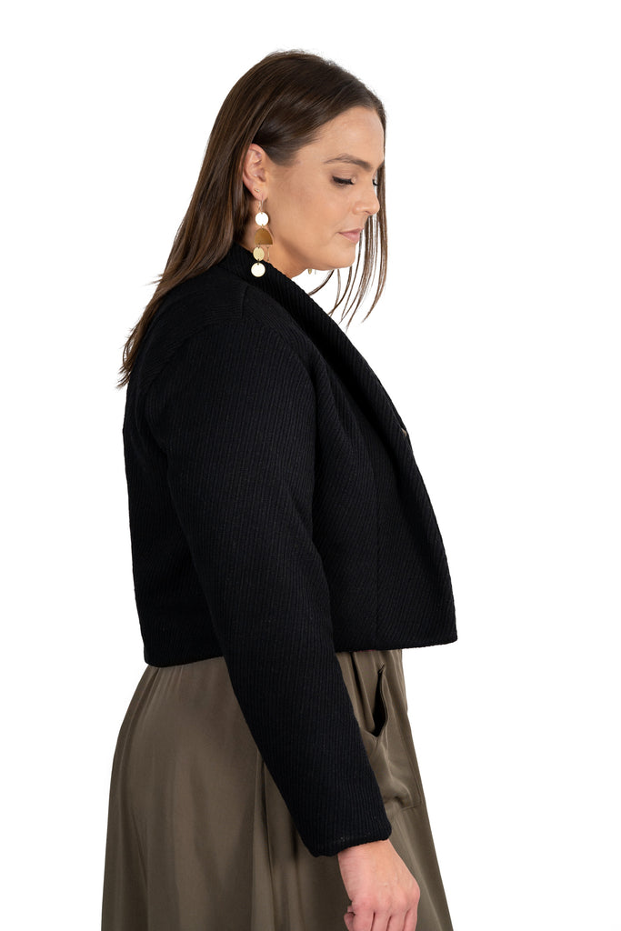 Cropped Jacket in Black Wool