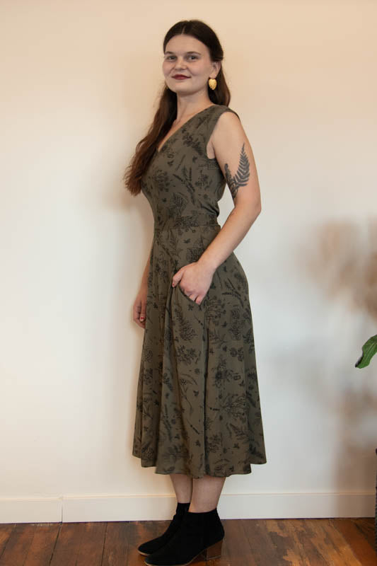 Xena Dress in Olive Nervine