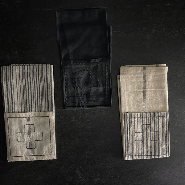 Rae Dunn Boutique Icon Swiss Cross Linen Napkins California Englished