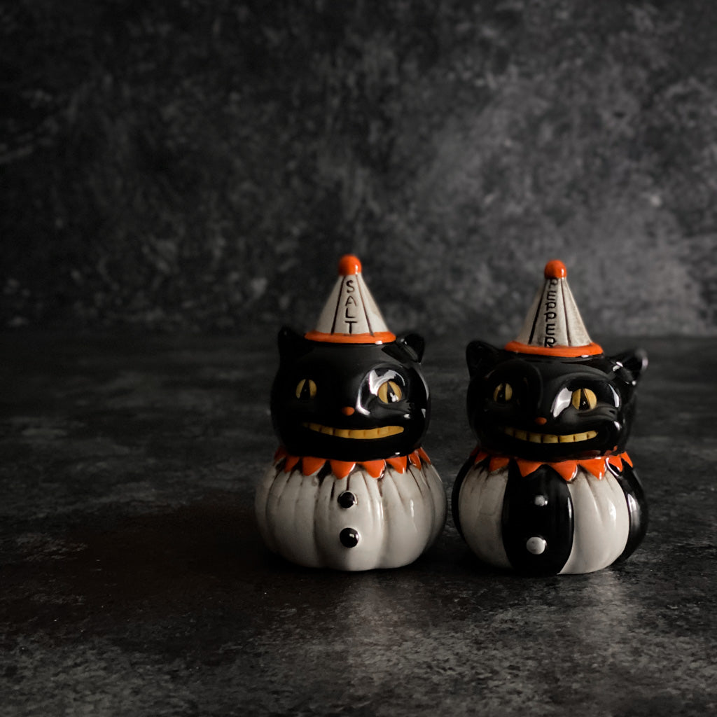 Black Cat Salt + Pepper Shaker Set