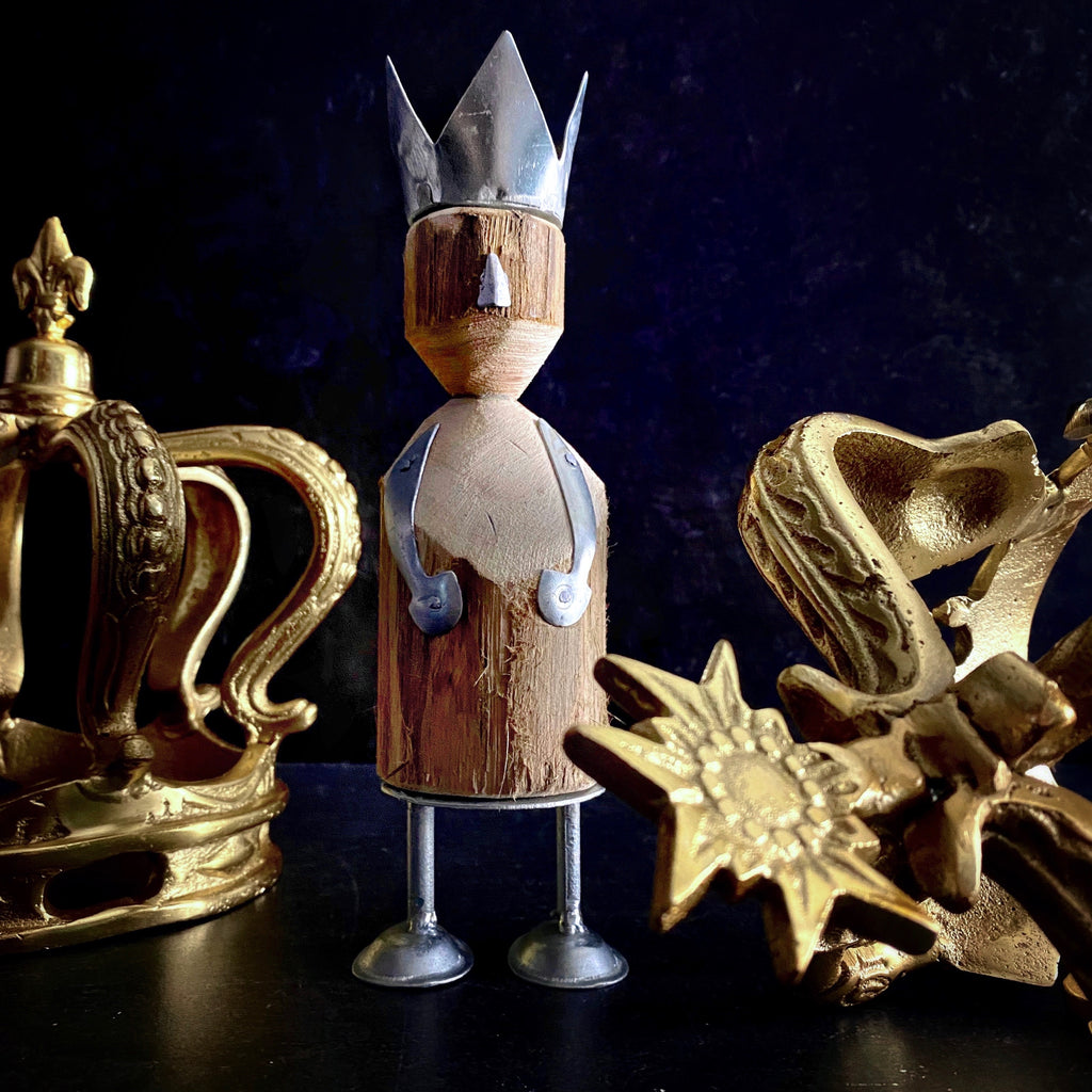 Our California Englished Boutique Crown HomArt WISE MEN wooden crown, Her Highness Crowned Watcher Crown Glam Accent Decor Rae Dunn Crown Collection