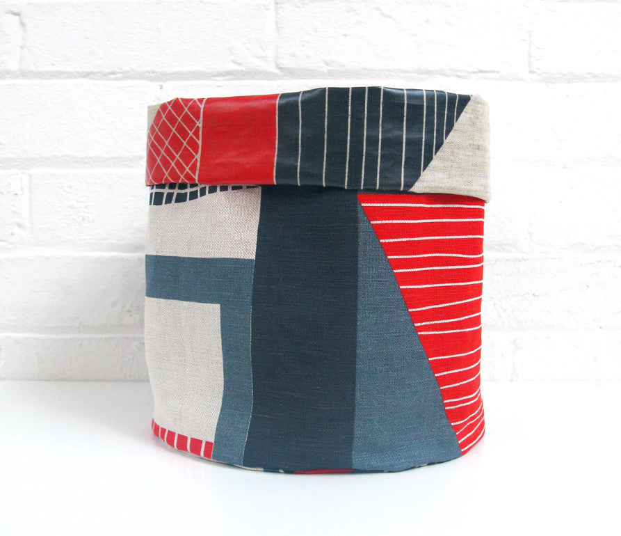 Abstract Square Soft Pots: Red Navy Blue