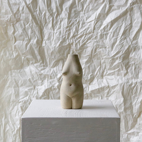 Rachel Saunders Woman Vase - Creme (OUT OF STOCK)