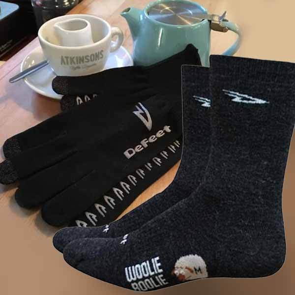 DEFEET WOOLIE BOOLIE MERINO SOCKS AND DURA E-TOUCH GLOVES