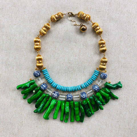 Coral bib necklace {green multi}