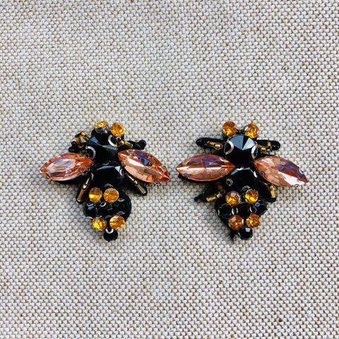 BEADED BEE {multi}