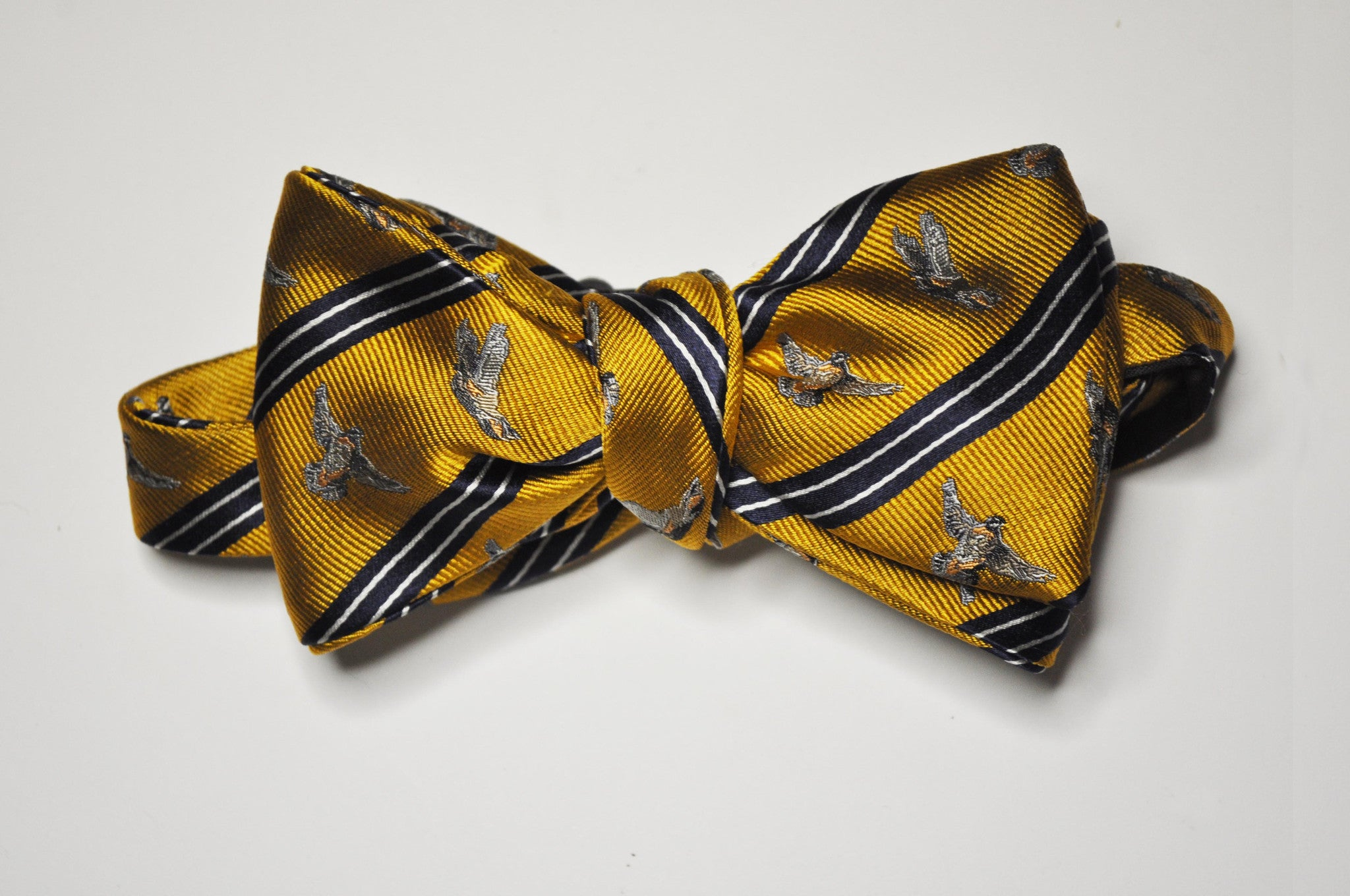 Bow Tie - Flushing Quail (Burnt Orange/Navy)