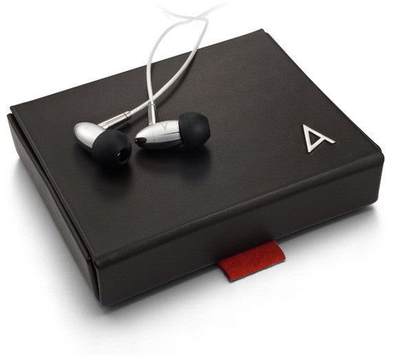 Astell and Kern AKR02`