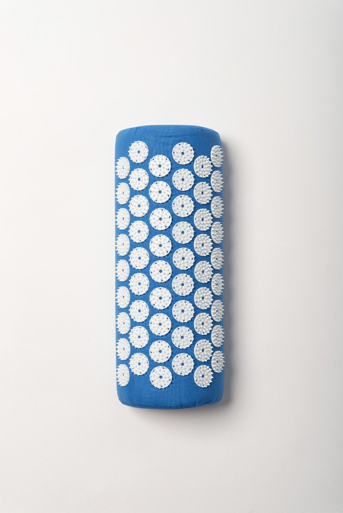 Acupressure pillow blue