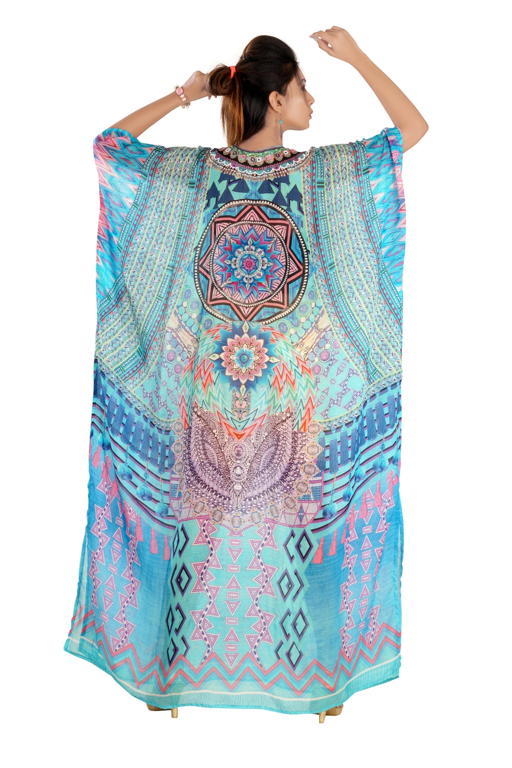 Geometric_printed_silk_kaftan.mp4