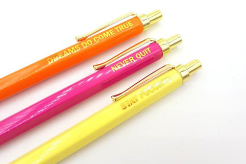 Image of Set of 3 quote pens with shiny gold details | magenta, yellow & orange | quotes | never quit, dreams do come true, stay focussed