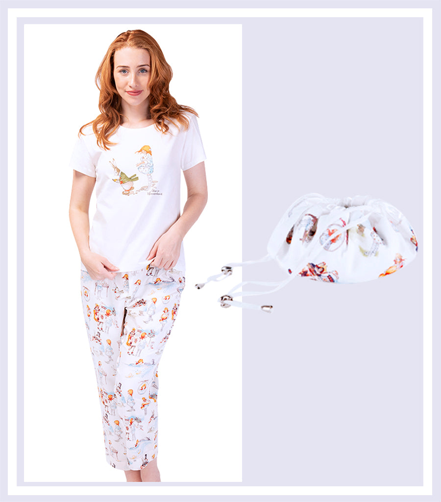 Alice Down the Rabbit Holes T-shirt with 3/4 Pant & Drawstring Bag Gift Set