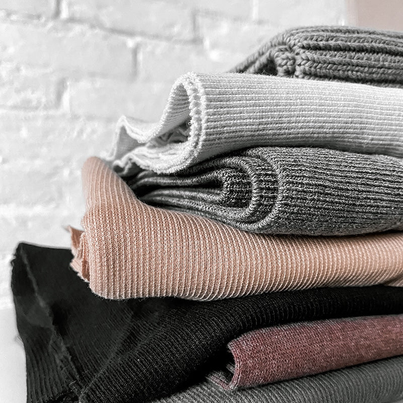 What are ribbed knits?