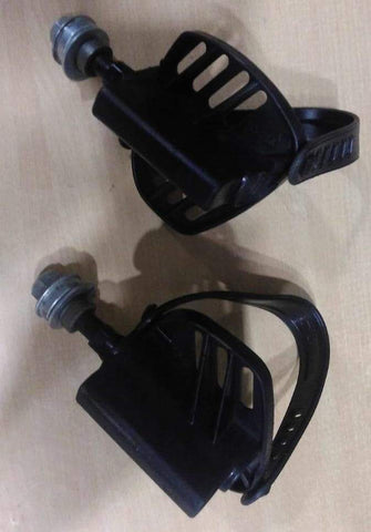 Image of EXERCISE BIKE PEDAL WITH STRIPS (SF1A) 1 Pair