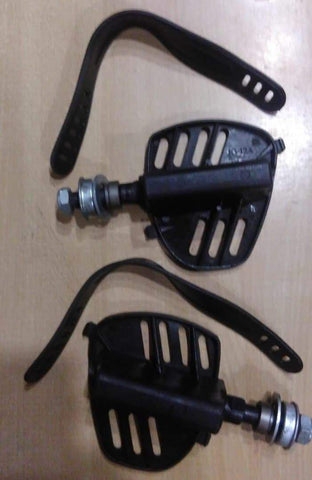 EXERCISE BIKE PEDAL WITH STRIPS (SF1A) 1 Pair