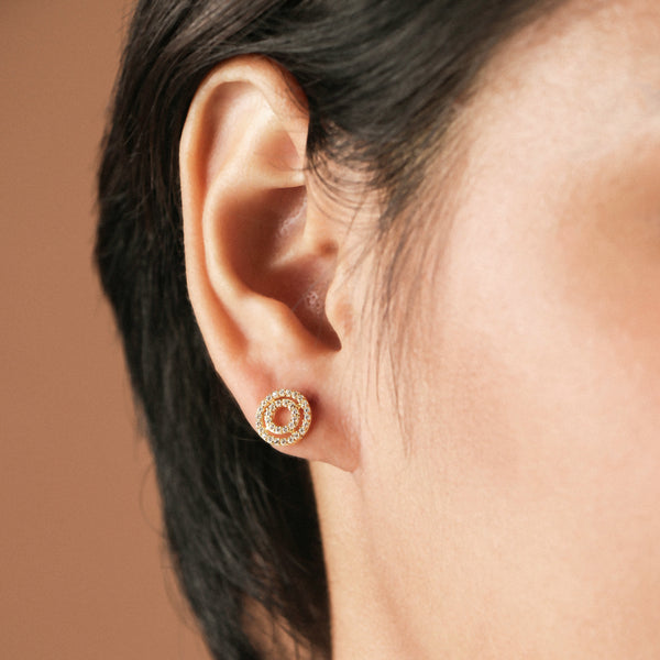 Concentric studs