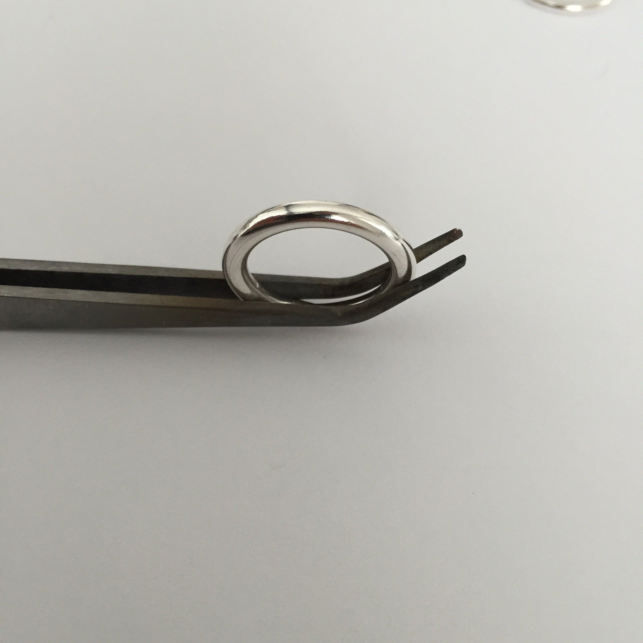 PLAIN SILVER RING 3MM