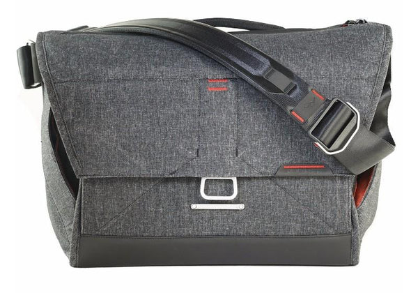Peak Design Everyday Messenger Bag (13 Inches) - Charcoal