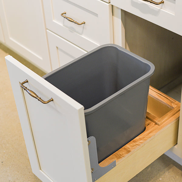 Pull-Out Waste Basket 15""